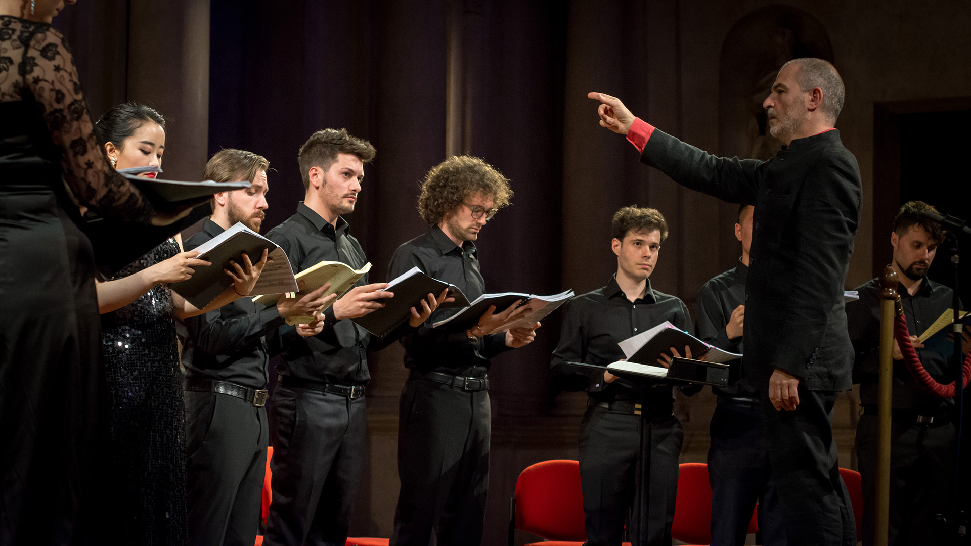 Direttore D'orchestra - Coro / Orchestra Conductor - Choir